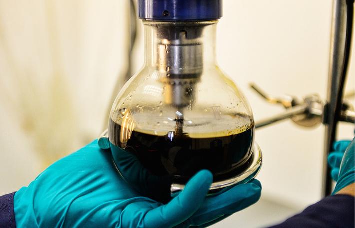 Роснефть сконструировала установку для производства синтетической нефти