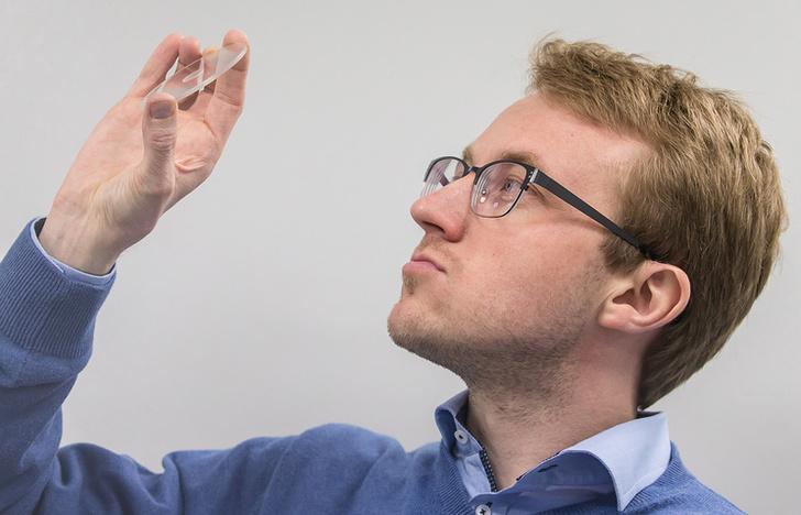 Руководитель лаборатории лазерного наноструктурирования стекла Фонда перспективных исследований Иван Глебов