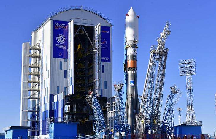 """Ракета-носитель """"Союз-2"""" во время испытаний на космодроме Восточный"""