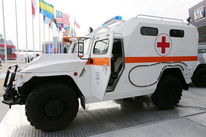 """Бронированный медицинский автомобиль (БМА) """"Тигр"""""""