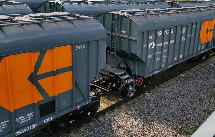 «Русагротранс» отправил первый поезд с зерном по СКЖД на экспорт
