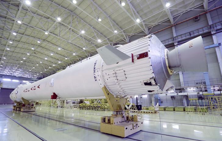 Центр Хруничева заключил контракты на постройку 12 ракет
