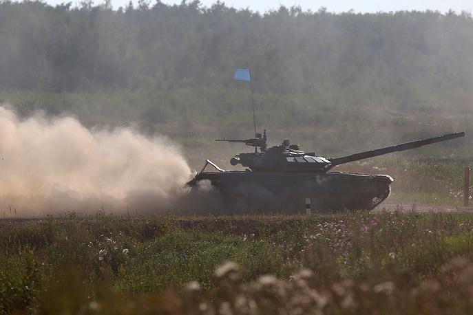 Экипаж команды из Казахстана на танке Т-72Б3