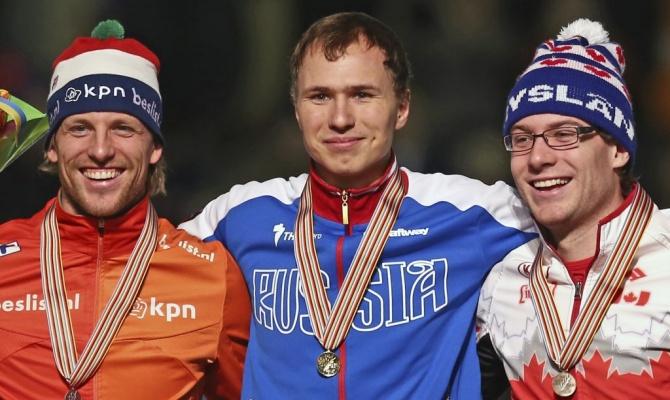 Павел Кулижников, завоевавший на чемпионате мира в голландском Херенвене золотую медаль на дистанции 500 метров. При этом россиянин побил рекорд мира на равнинных катках по сумме двух забегов