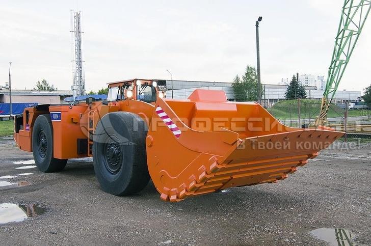 отгруженные в Минск ковши для белорусских погрузочно-доставочных машин