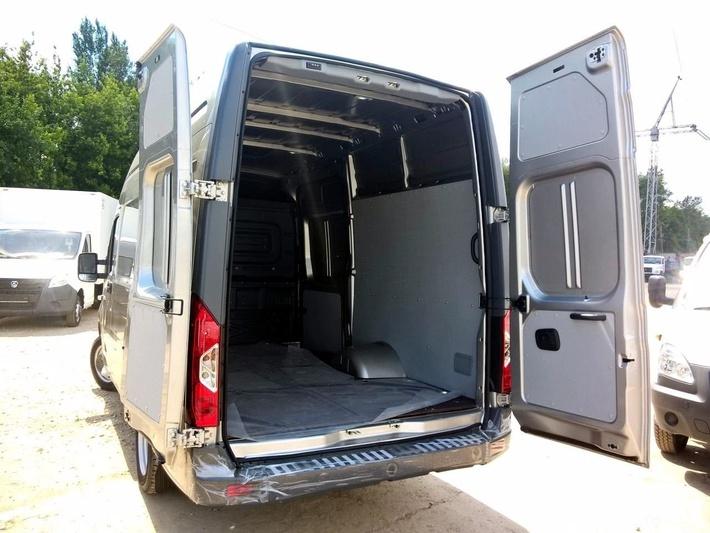 Цельнометаллический фургон «Газель-Next» со стандартной колесной базой