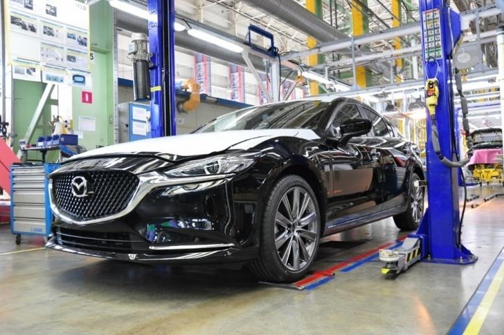 Конвейер во Владивостоке начал выпуск новой версии Mazda 6