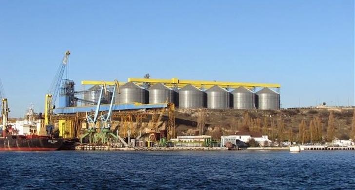 В Севастопольском морском порту началась отгрузка зерна в Сирию