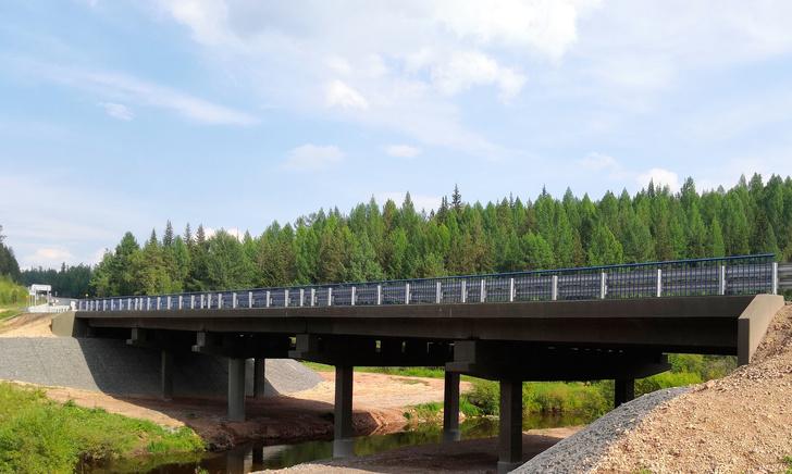 В Иркутской области на трассе А-331 «Вилюй» после ремонта ввели в эксплуатацию мост через р. Иреек