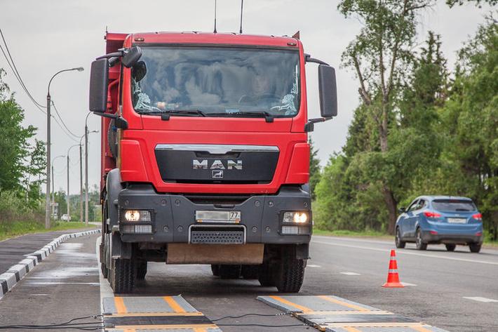 Первые пункты автоматической системы весогабаритного контроля заработали на трассах Вологодской области