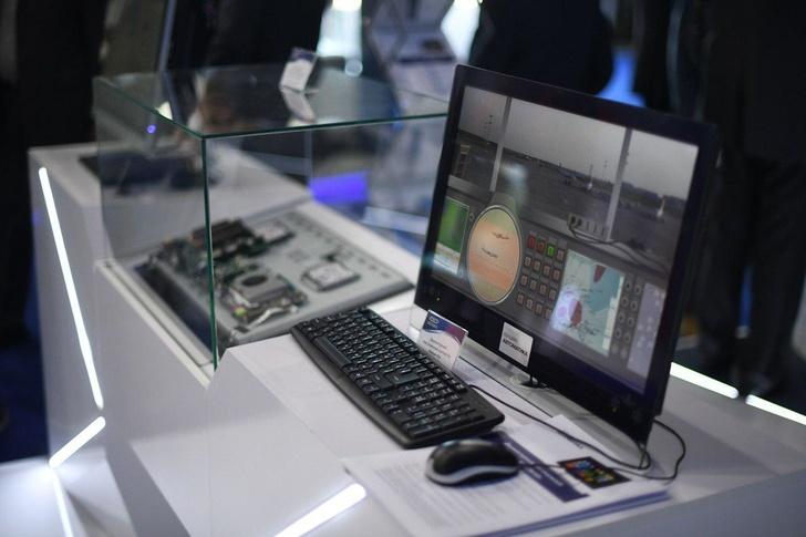 На МАКС-2019 презентовали компьютер-моноблок с двумя вычислительными системами