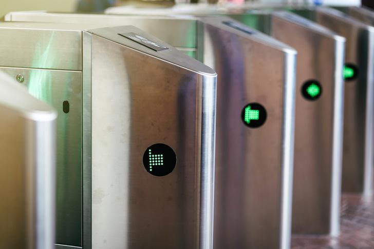 Ростех представил систему бесконтактной идентификации для доступа в школы