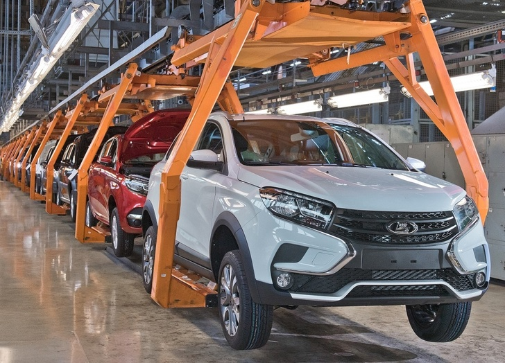 АВТОВАЗ начал серийное производство LADA XRAY Cross