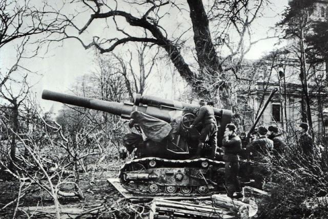203-мм гаубица Б-4