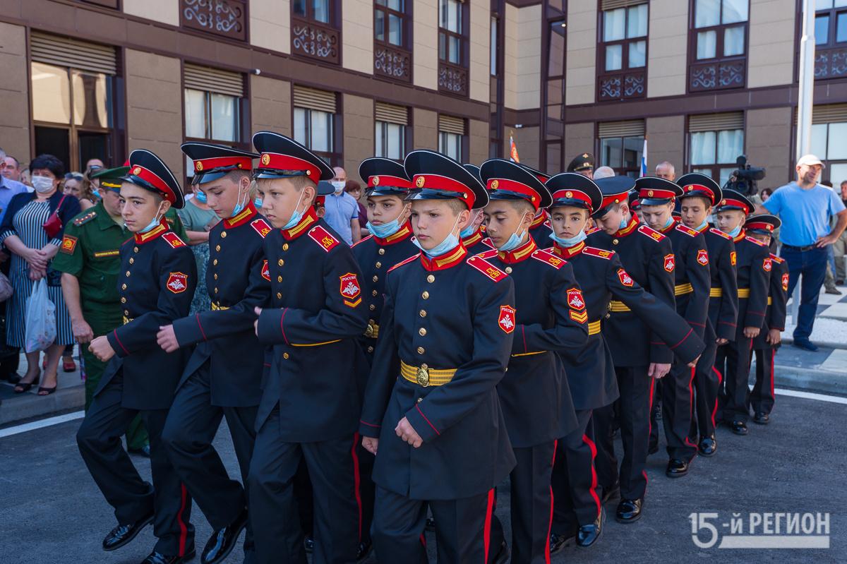 Russian Military academies/schools F_cmVnaW9uMTUucnUvd3AtY29udGVudC91cGxvYWRzLzIwMjAvMDkvRFNDXzIzMjMuanBnP19faWQ9MTM1NTI0