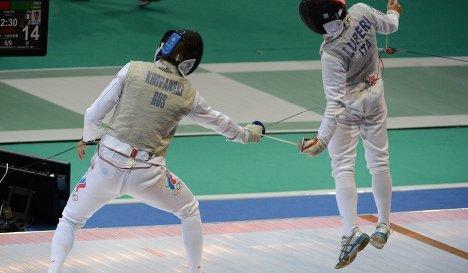 Российский спортсмен Алексей Хованский (слева) и итальянский спортсмен Эдоардо Лупери