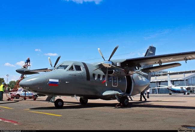 Фотофакт. Первый новый L-410 для ВВС России в 2013 году