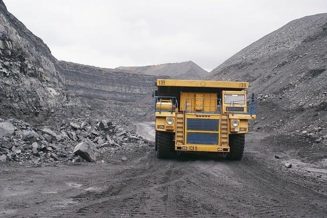Импортозамещение для экологии: производство сорбентов из угля открыли в Кемерово