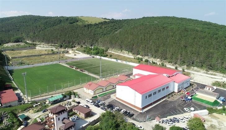 В Абрау-Дюрсо открылся новый спорткомплекс «Дело Спорт»