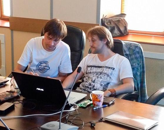 Главный разработчик ООО «Радужные технологии» Алексей Стадник и инженер-программист Андрей Кравчук