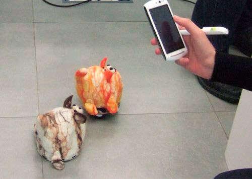 Одна из разработок Toytemic Inventions – стая взаимодействующих друг с другом зверей