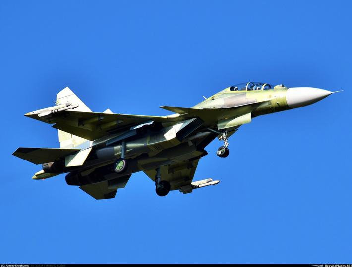 Тип: Сухой Су-30СМ Бортовой: 1215 тип Иркутское АПОY GM AOPA   Иркутск-2 (ИАПО) (UIIR) Россия Алексей Коршунов (c) 4 сентября 2015
