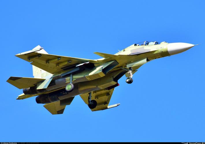 Тип: Сухой Су-30СМ Бортовой: 1216 тип Иркут - Иркутское АПОY GM AOPA | Иркутск-2 (ИАПО) (UIIR) Россия Алексей Коршунов (c) 17 сентября 2015
