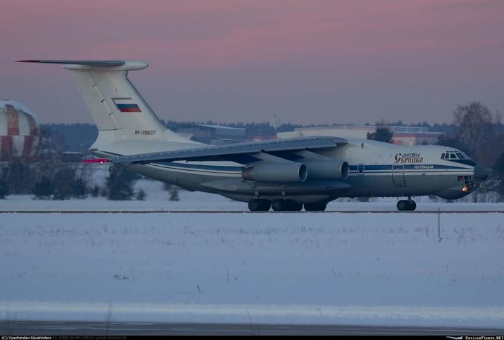Еще два модернизированных военно-транспортных самолета Ил-76МД-М