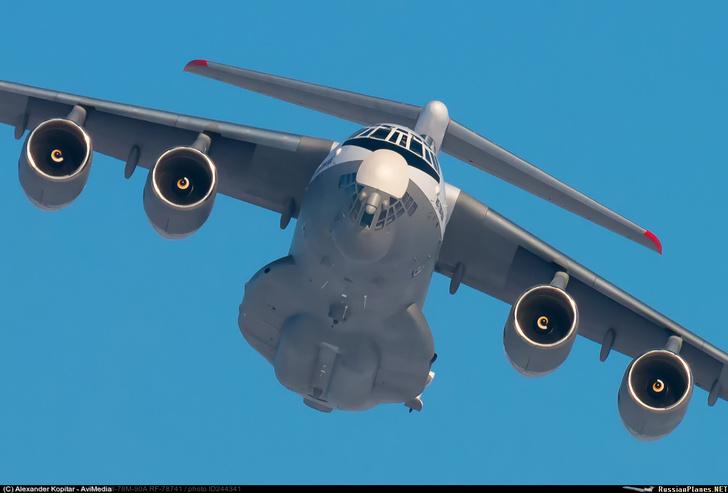 Конвертируемый топливозаправщик Ил-78М-90А приступил к заводским лётным испытаниям