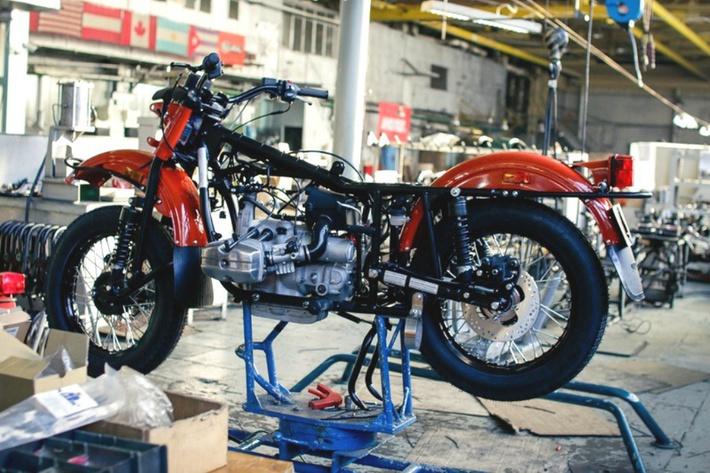 Скелет обрастает кишками. история, мотоцикл, производство, россия, урал, фотография