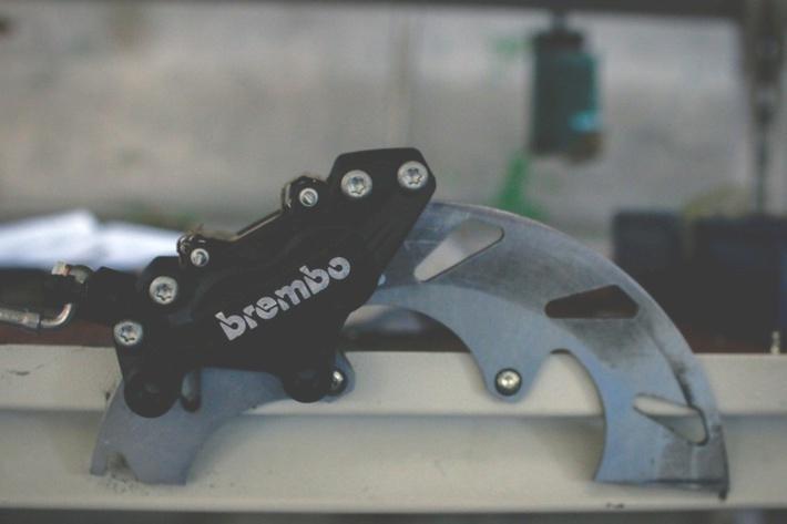 Вот они тормоза Brembo. история, мотоцикл, производство, россия, урал, фотография