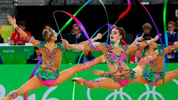 командные выступления по художественной гимнастике