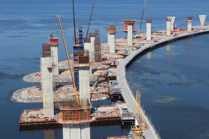Оккупанты в Крыму забили первую сваю Керченского моста - Цензор.НЕТ 9832