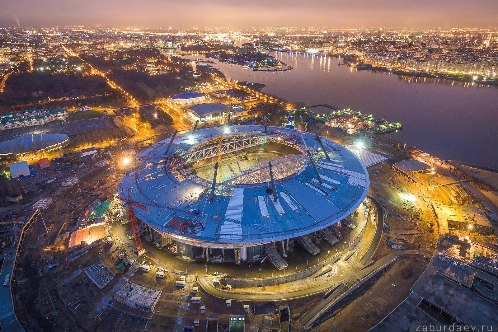 Стадионы в минете 14 фотография