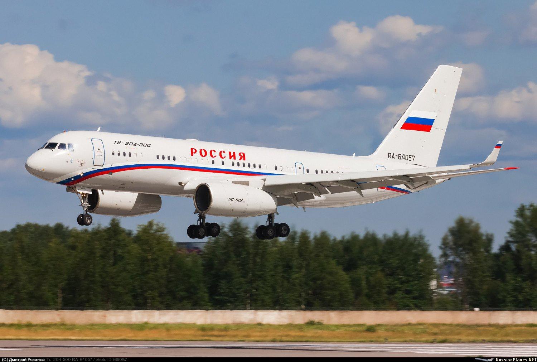 фото самолёта ту-204