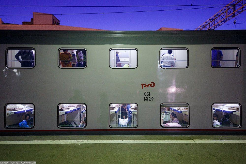 фото фирменный поезд москва казань двухэтажный