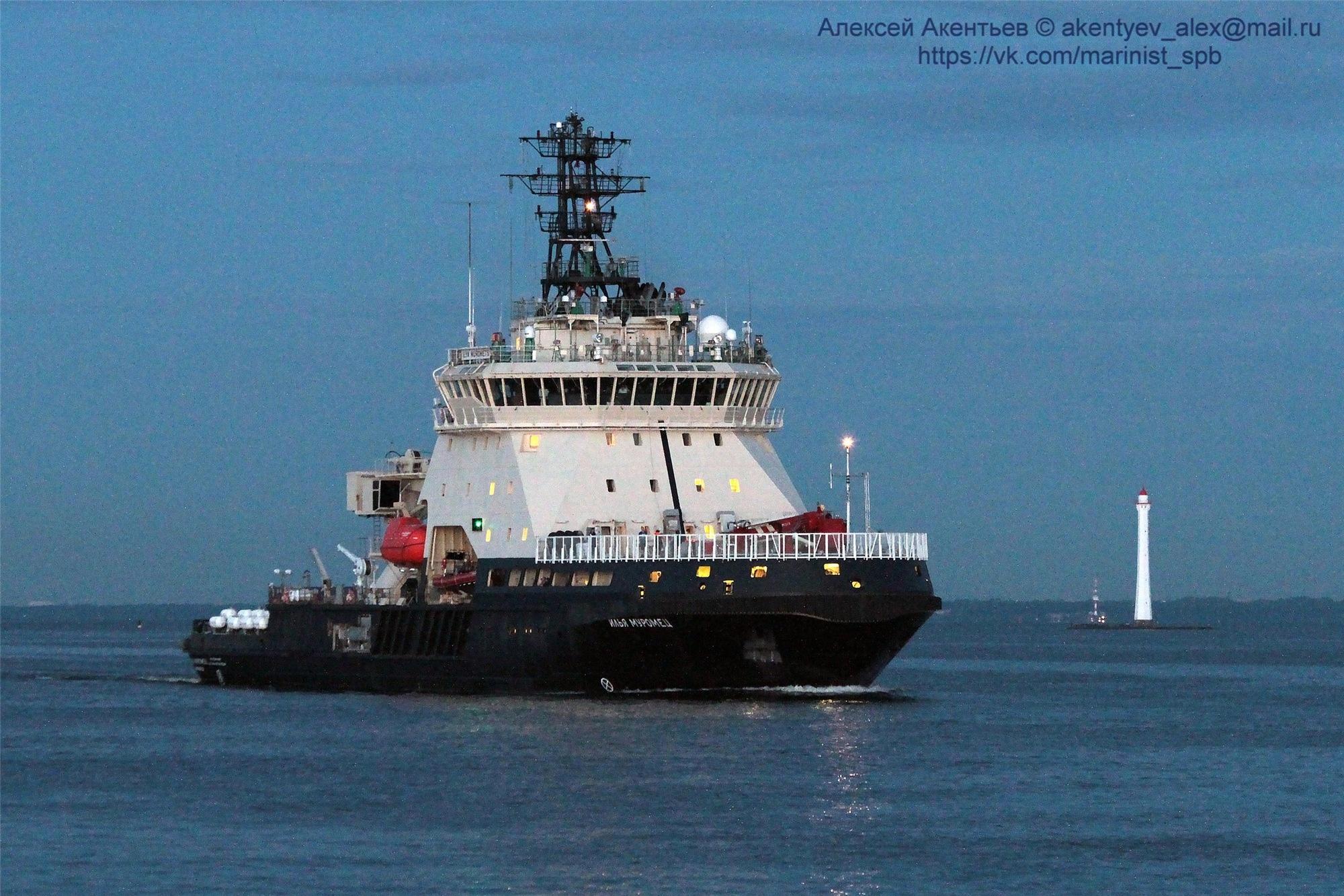 В Петербурге 30 ноября поднимут флаг ВМФ на