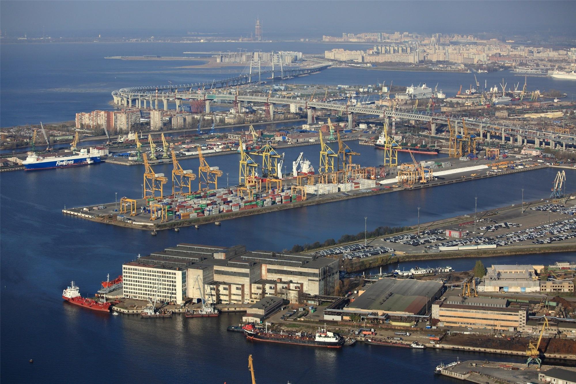 это фото порт в санкт петербурге последнее время
