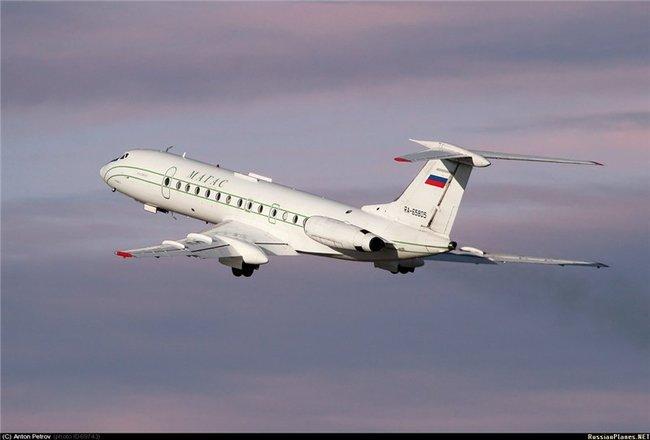Двигатели на Ту-134 были установлены в хвостовой части фюзеляжа.  Серийные модели авиалайнеров оснащались...