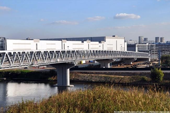 2009.12.26 Митинский метромост через реку Москва (Москва) - 439м