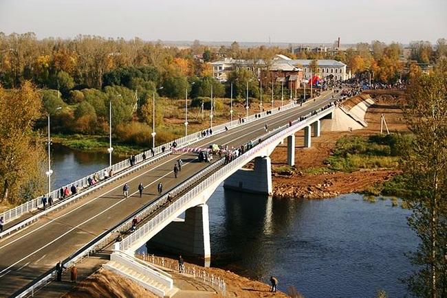 2005.10.06 Мост через реку Мста(Боровичи, Новгородской области) - 262м