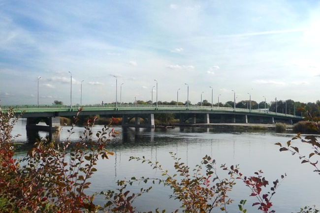 2010.09 Большой Петровский мост через реку Малая Невка (Санкт-Петербург) - 294м