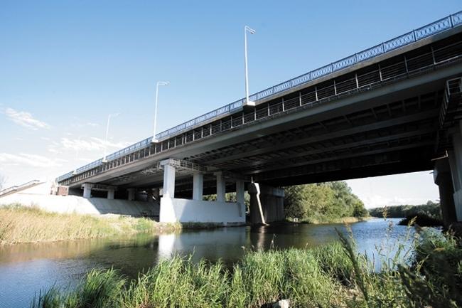2011.09.25 Кировский мост через Тускарь (Курск) - 162м