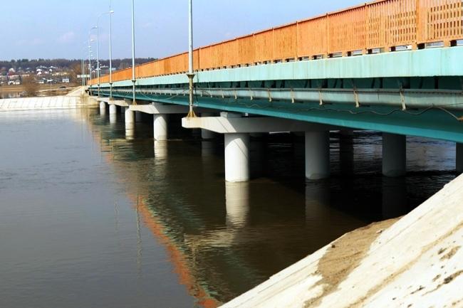 2011.09.17 Мост через реку Алатырь (Ужовка) - 205м