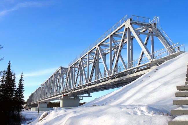 2013.03.27 Железнодорожный мост через реку Тамма (Нижний Бестях) - 470м