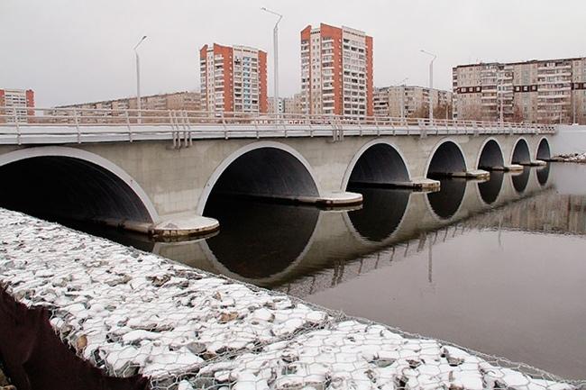 2012.11.15 Мост через реку Миасс (Челябинск, Мелькомбинат №2) - 103м