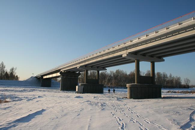 2011.11.30 Мост через реку Бысса (в районе устья, Амурская области) - 185м