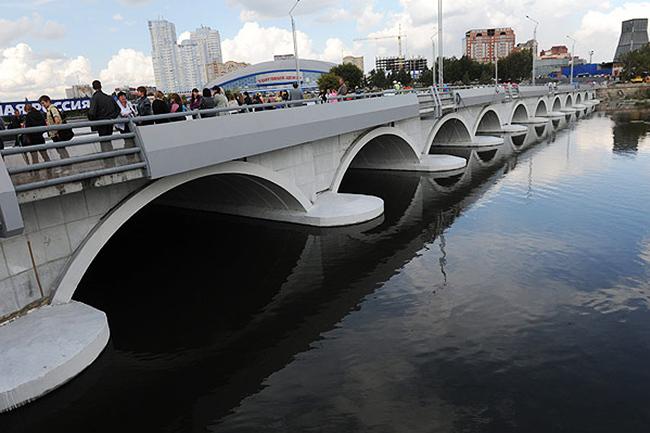 2011.09.12 Мост через реку Миасс (Челябинск, Каслинская улица) 143м