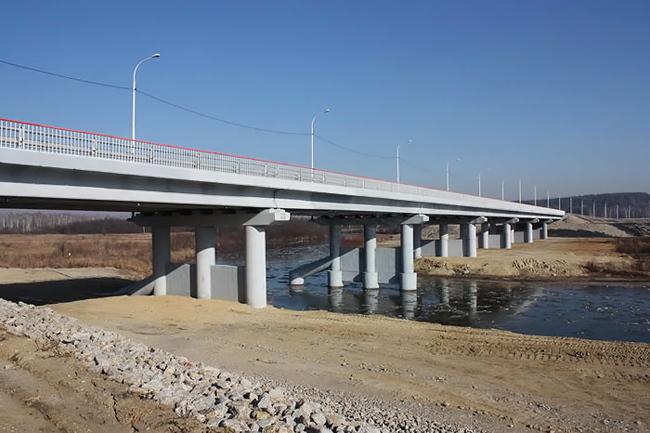 2011.10.27 Мост через реку Большая Пера (на подъезде к г. Свободному от трассы «Амур») - 169м