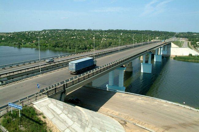 2002.11 Мост через реку Северский Донец (2ой переезд, Каменск-Шахтинский) - 381м